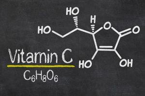 formula chimica della vitamina C