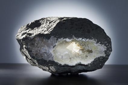zeolite minerale chelante