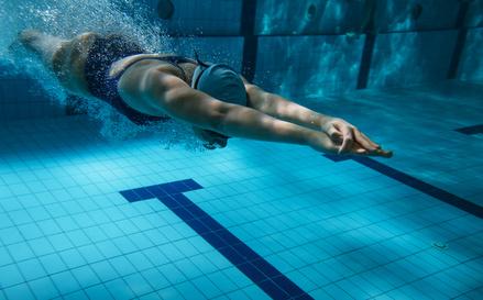 fluoro, cloro e bromo in piscina