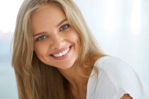 donna sorridente in buona salute