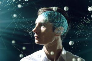 cervello uomo protetto dallo stress